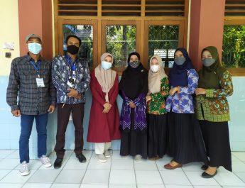 Wawancara Guru dan Siswa SD Muhammadiyah Bersama TIM REDI Program Kemitraan Inovasi Untuk Anak Sekolah Indonesia (INOVASI)